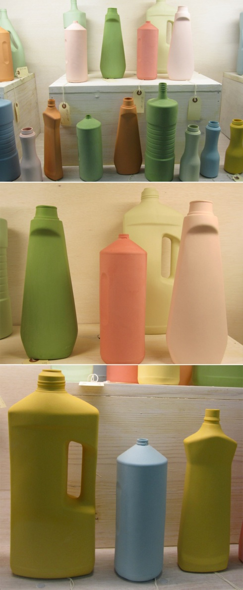 Porcelain Cleaning Bottle vases, Middle Kingdom, design