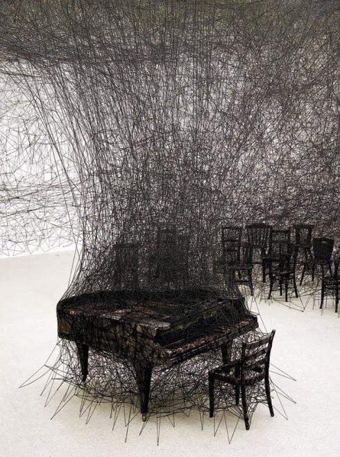chiharu shiota, installation art, yarn, web, collabcubed