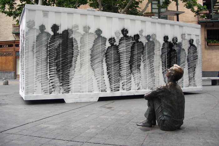 street art, graffiti, Spain, scribbled silhouettes, art, collabcubed