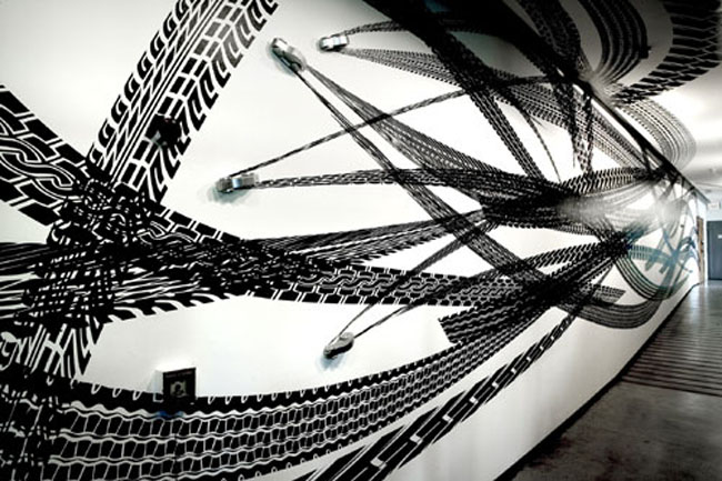 Car tracks application, art installation, Octopus series, contemporary Brazilian art, cut vinyl, perspective
