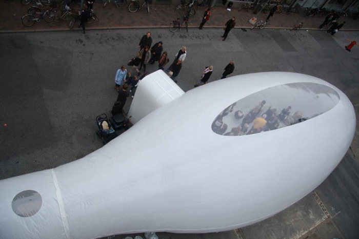 temporary architecture, fantastic bubbles in urban spaces, marco canevacci, inflatable structures, temporary exhibit spaces