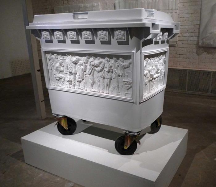 Russian contemporary art, recycled art, dumpster, garbage, humor, Andrey Blokhin,  EgorKuznetsov