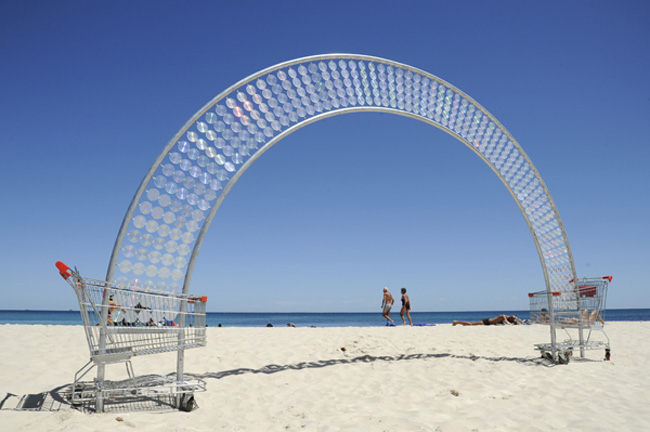 Shopping cart sculpture, Sculpture by the Sea cottesloe, Australia, cool contemporary sculpture