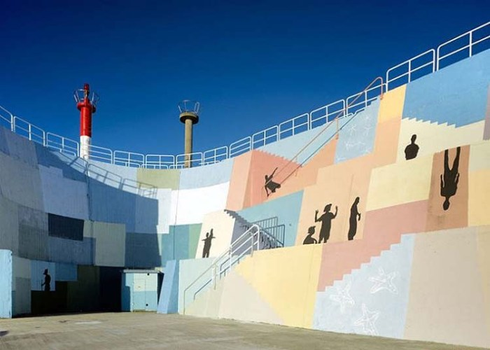 Breakwater in Spain designed and painted by Artectura and Eduardo Zamarro street art