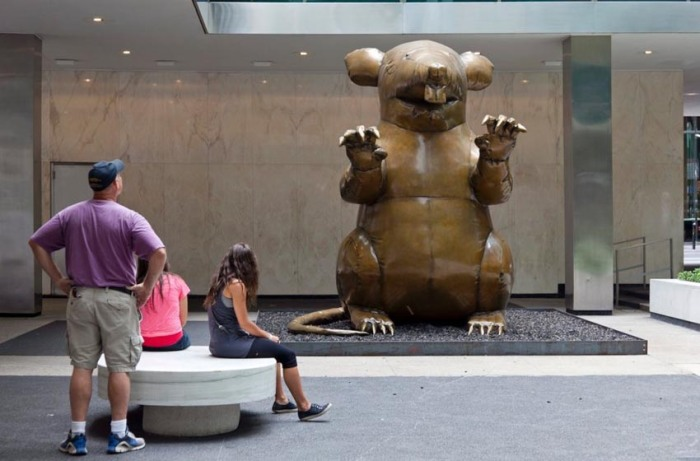 The New Colossus, Bronze statue of an inflatable Union Strike Rat at the Lever House, by Bruce High Quality Foundation