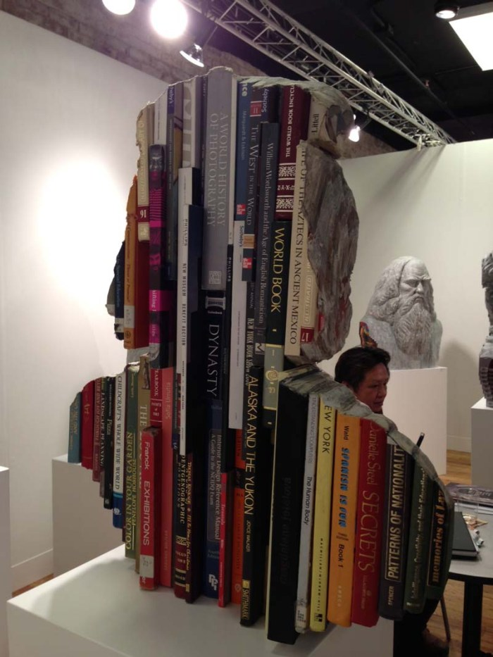 Long-Bin-Chen_Sculptures-made-from-carved-books-and-magazines