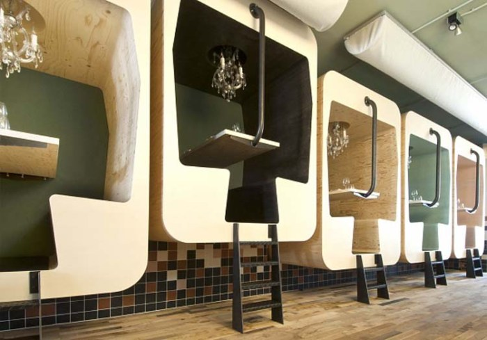 Frank Tjepkema, Dutch Industrial Design, Il Treno banquette, dining table, Fabbrica Restaurant Bergen Norway, Fun table