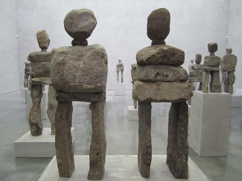 Ugo rondinone stonehenge y sculptures collabcubed
