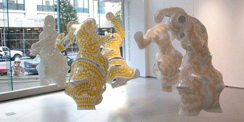 Marc Fornes & THEVERYMANY, non-lin/lin pavilion, carbon fiber shell, digitally sculpted