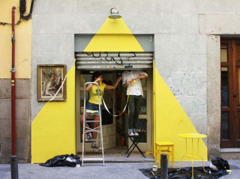 Fos, Somos Fos, Rayen Restaurant Madrid, facade painted to look like light, fun installation/art