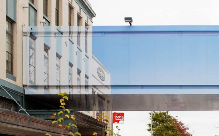 Mike Hewson, The Crossing, Trompe l'oeil, Christchurch, New Zealand, street art
