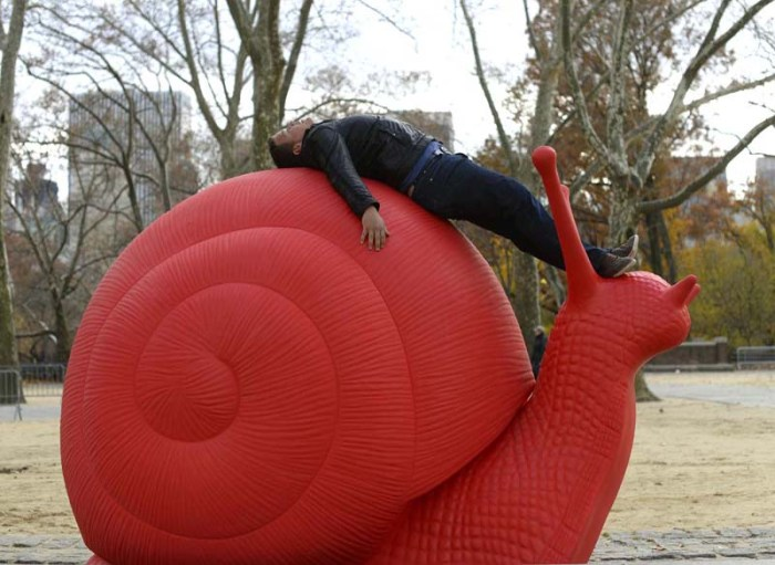 "ReGeneration PRoject, The Cracking Art Group, Giant Red Snails, Sculpture at the Rumsey Playfield in Central Park, Columbus Circle, and Eataly. Galleria Ca dOro andbVilla Firenze Foundation as presenting ""Eight Giant Red Snails"" as part of  the REgeneration Art Project. Red snails will inhabit Central Park from November 9 through December 3, 2013, before moving to Columbus Circle from December 5 to January 6, 2014."