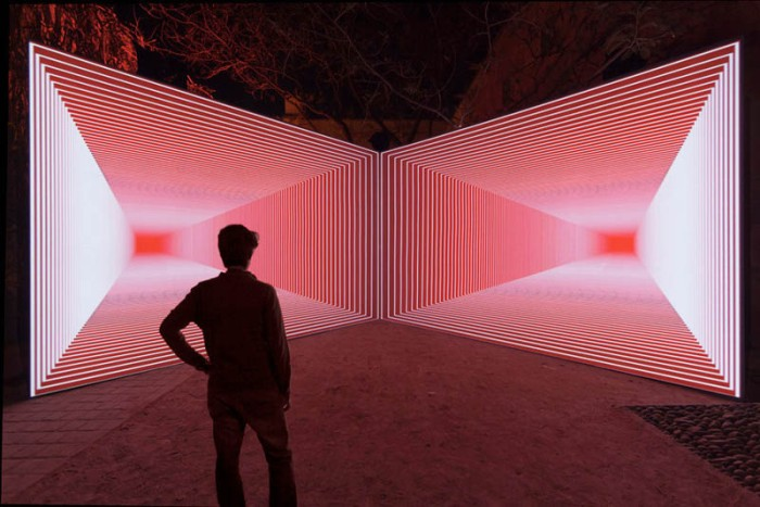 Olivier Ratsi's Onion Skin, audio-visual immersive installation, time and space through perspective game