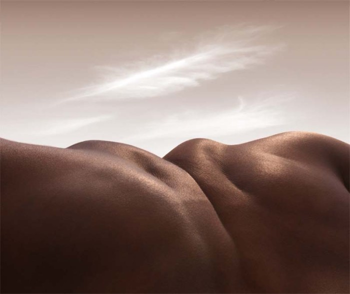Bodyscapes, photos of landscapes made with bodies, by Carl Warner, contemporary photography