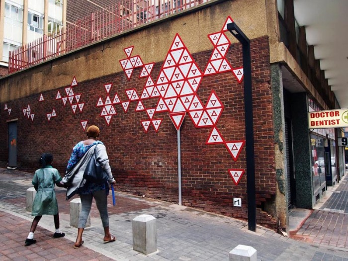 r1, Street art in South Africa, Johannesburg, Yield